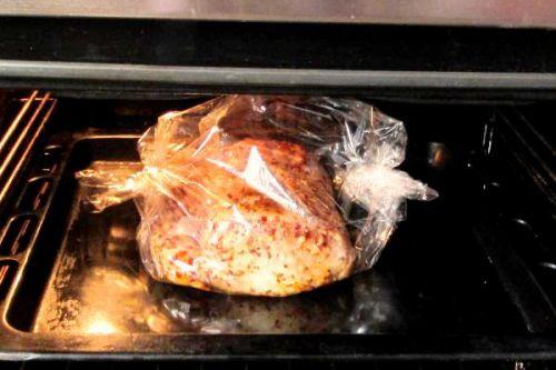 карбонат на кости запеченный в духовке рецепт
