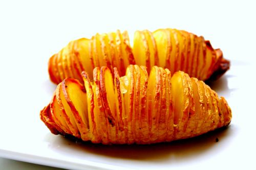 Картофель в духовке с беконом рецепт