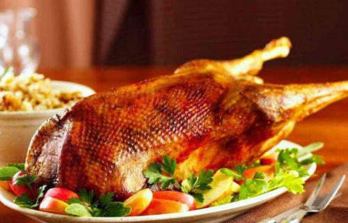 рецепт приготовления гуся в духовке целиком в фольге