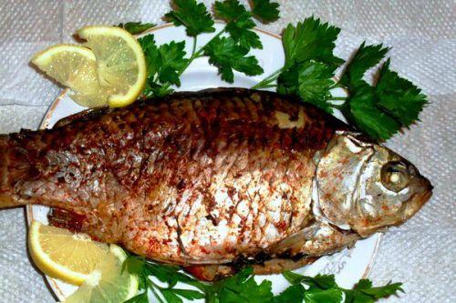Как запечь рыбу карася в духовке рецепты с