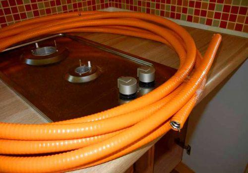 Специальный гибкий шланг для газа
