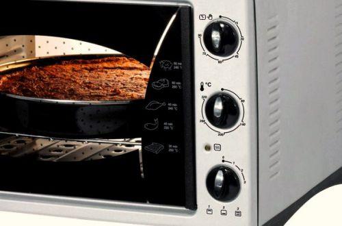 Обратите, в первую очередь, внимание на режимы работы духовки и её внутренний объём