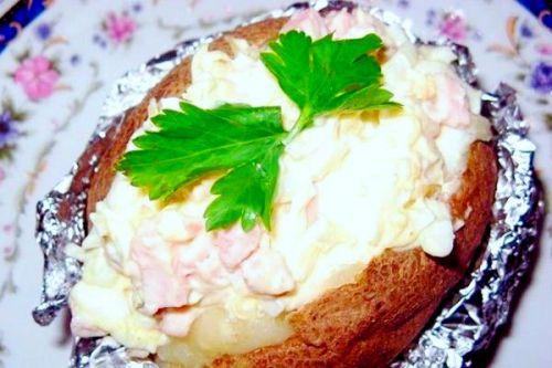 Запеченный картофель в фольге