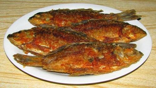 Как правильно пожарить рыбу на сковороде