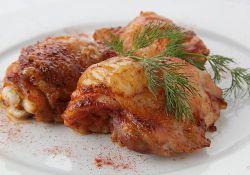 Как пожарить куриные бедра на сковороде